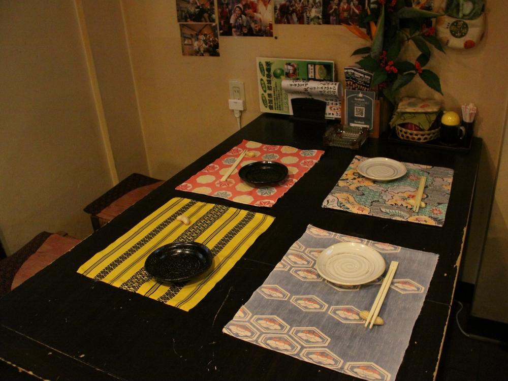 えにしのテーブル席