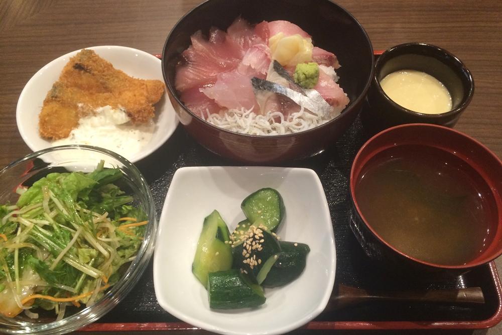 文次郎の海鮮丼定食